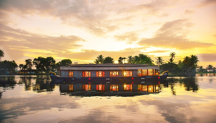 Alleppey-Tourism-Houseboat