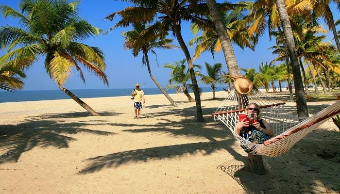 Marari_turtle_beach_700x400