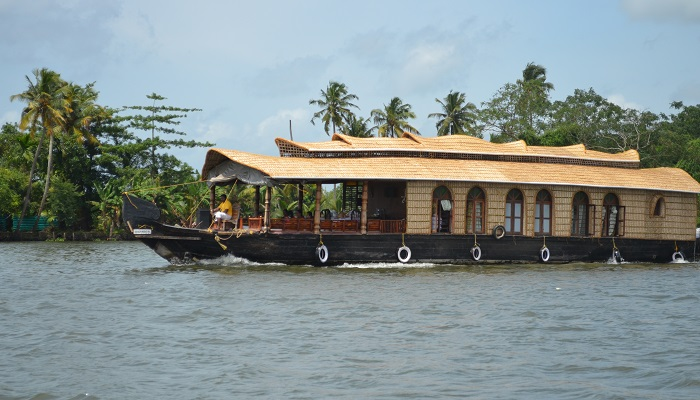 Boathouse_Alleppey_Kerala