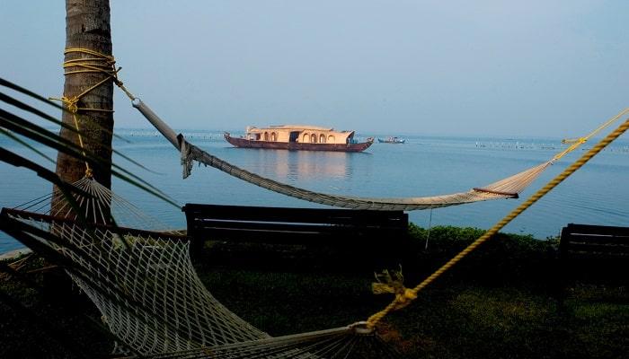 Kumarakom-Munnar-Holidays